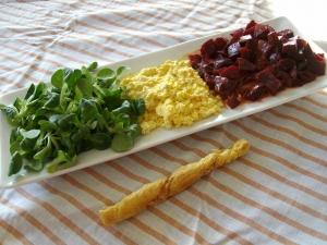 Salade de Mâche, Betteraves, Oeufs Mimosas - image 3