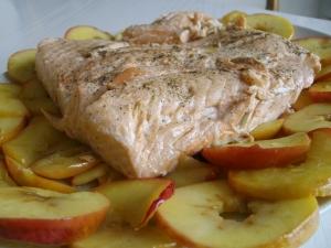 Dos de saumon aux pommes plat principal recettes online for Plat entre amis rapide