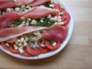 Salade de Tomates à la Fourme de Montbrison - image 1