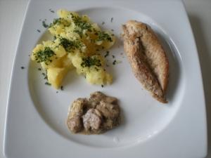 Blanc de Poulet aux Pommes de Terre et aux Champignons - image 1
