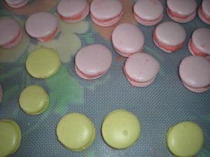 Macarons aux Bonbons (Fraises Tagada et Bananes) - image 3