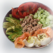 salade saumon endive avocats concombre thon tomate entr e recettes online. Black Bedroom Furniture Sets. Home Design Ideas