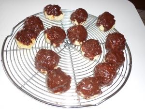 Boules à la Noix de Coco sous Chocolat - image 1
