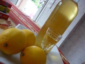 Limonecello (Liqueur au citron) - image 1